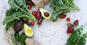 Met de juiste voeding kun je hormonale klachten verminderen